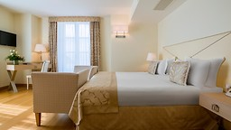 videoGrand HotelPortovenere Cinque Terre