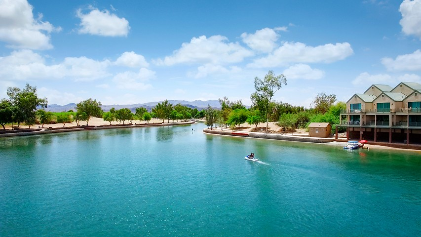 Arizona Lake Resorts | London Bridge Resort | Lake Havasu City