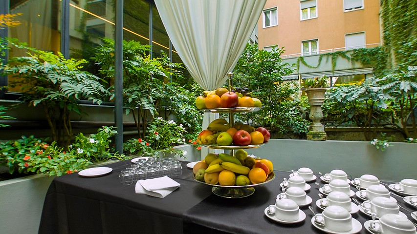 Al fresco ristorante milano ristorante manin milano for Hotel manin milano