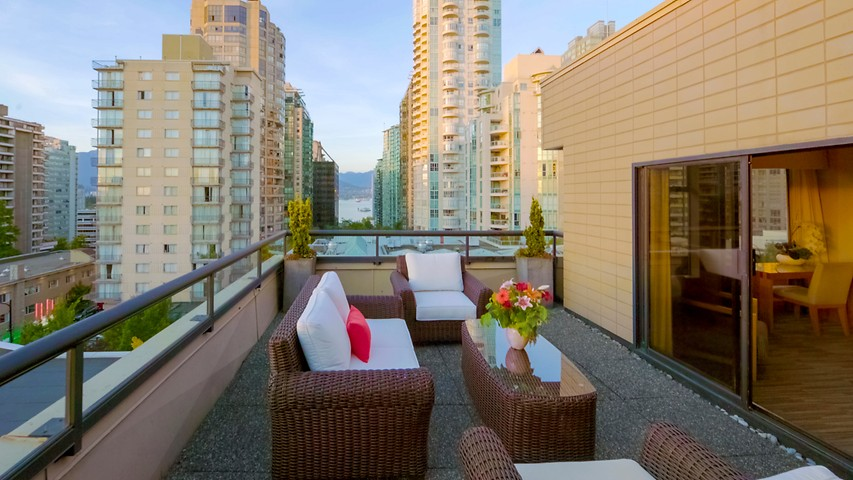 Boutique Hotels Vancouver Robson Street