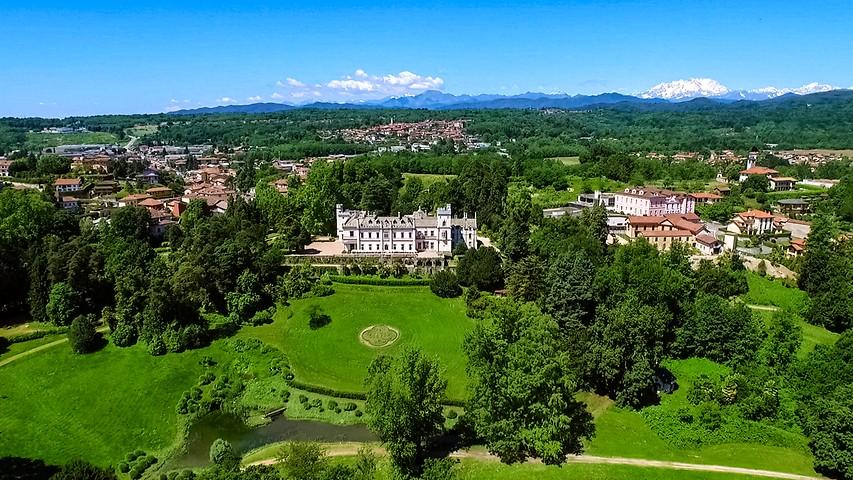 Castello Dal Pozzo | 5 Star Hotel Lake Maggiore Italy