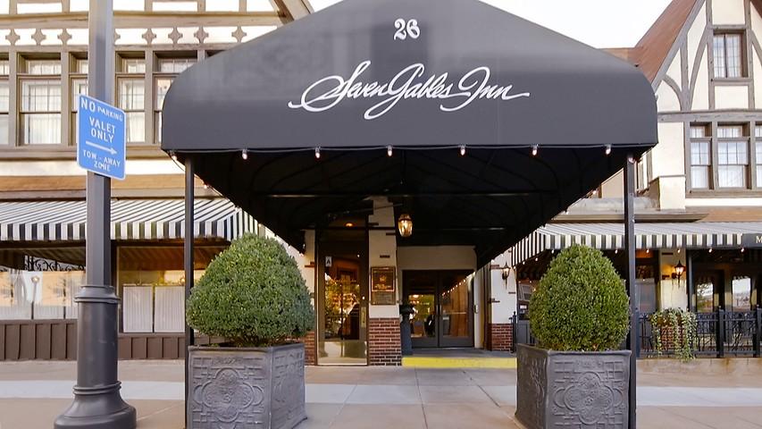 Hotels in Clayton | Seven Gables Inn | Missouri
