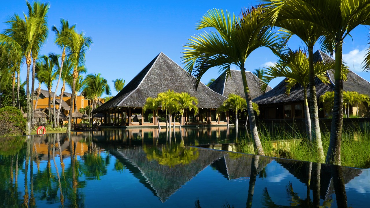 The Best 5-star All Inclusive hotel in Mauritius with golf