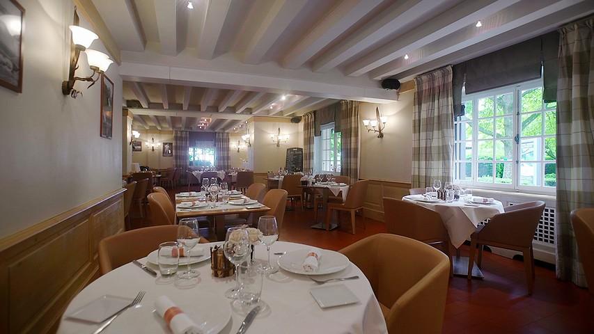 Restaurants Bars Domaine De Divonne Divonne Les Bains