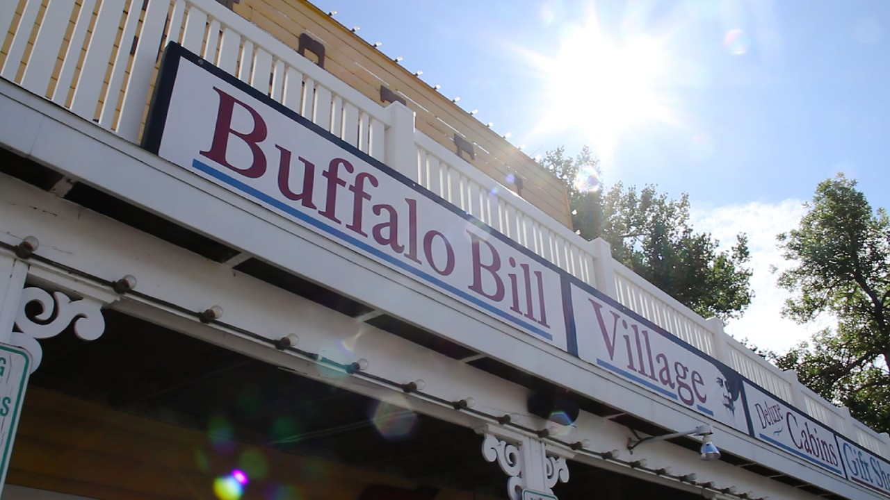 Buffalo Bill Village Hotels in Cody Wyoming  for cheap